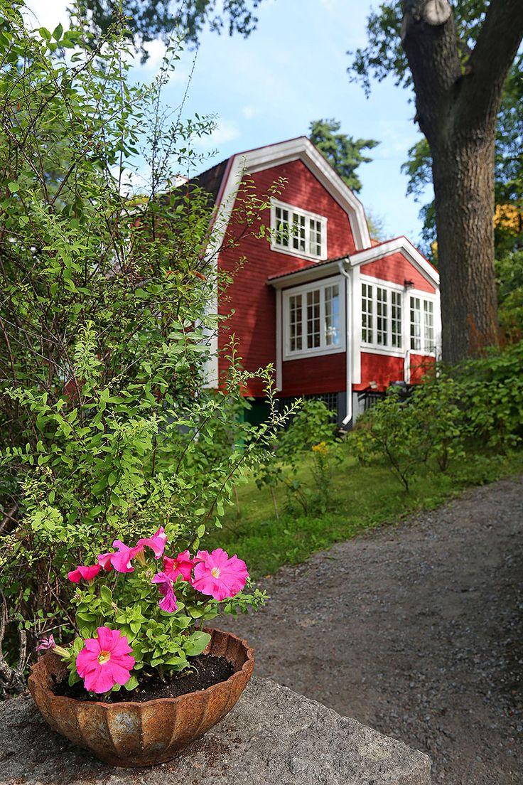 Charmig 100 åring i Äppelviken!