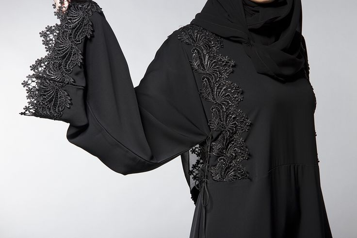 Abayas Boutique Midnight Lace abaya limited edition