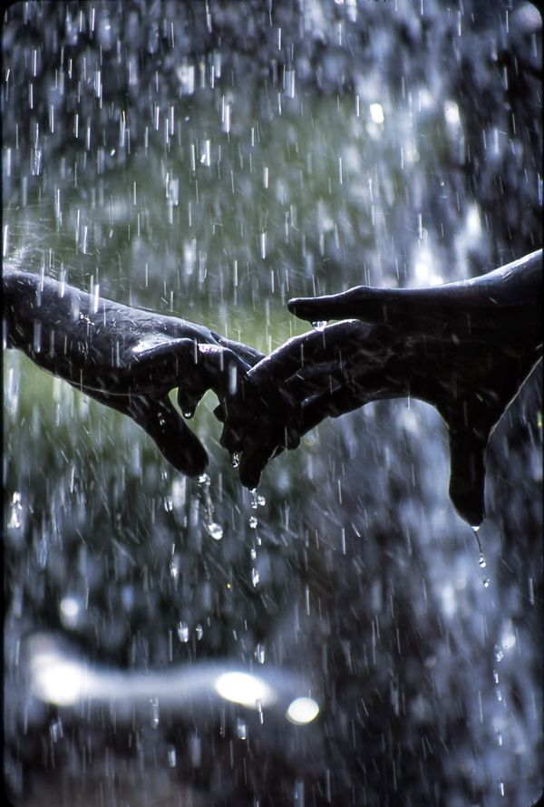 Lou Ellen, the feeling of cold rain on the skin