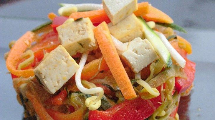 Tofu con verdure e Germogli di Soia saltati