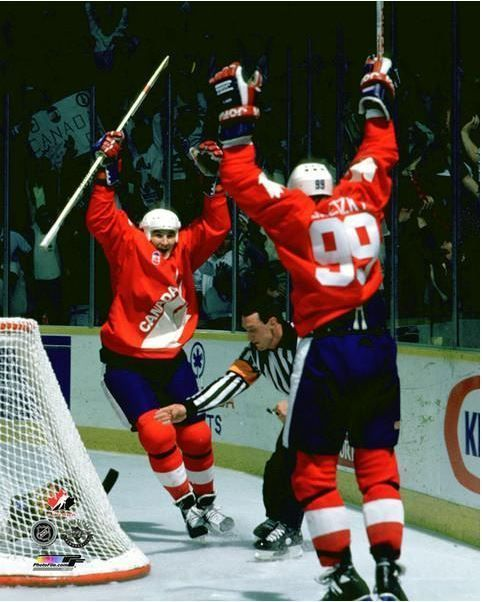 mario lemieux & wayne gretzky 1987 canada cup hockey 8x10 unsigned photo from $8.95
