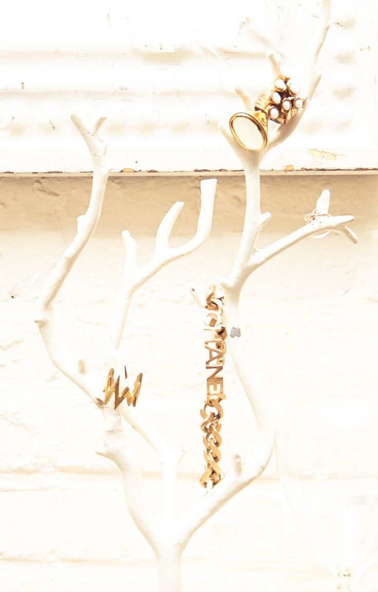 Just a little bit of gold. www.thecoveteur.com/blair-eadie: Paintings Sticks, Chanel, Saint Laurent, Brick Wall, Bracelets, White Antlers, Www Thecoveteur Com Blair Eadi, Jewelry Holders, Jewellery Trees