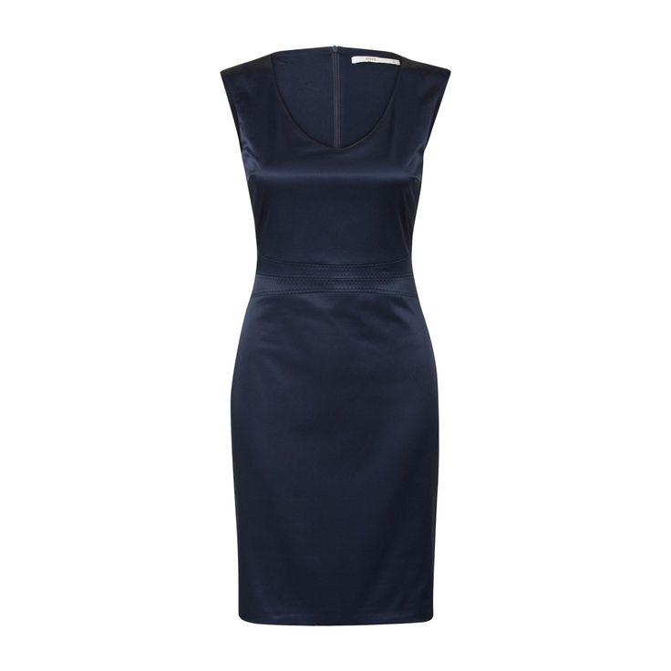 https://www.steps.nl/aansluitende-jurk-met-satinlook-blauw/product/94845/#/zoom
