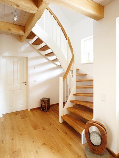 Holzwangentreppen, eingestemmte Treppen, Treppen, Wendeltreppe #treppe