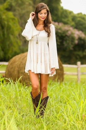 Simple country style wedding dresses with boots trends (87)