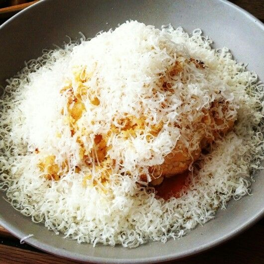 Craving for this right now. Roasted cauliflower, romesco,Parmesan and brown butter crumbs #soomuchcheeeese #soooamerican