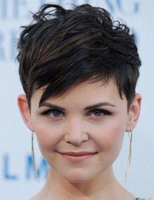 coupe de cheveux femme court sur visage rond