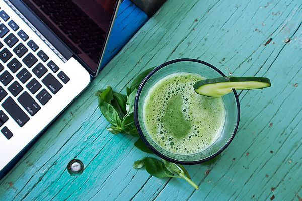 The science and health benefits of regular juicing.