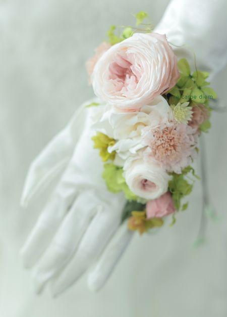プリザーブドのリストブーケと花冠 軽井沢へ  緑とアンティーク : 一会 ウエディングの花