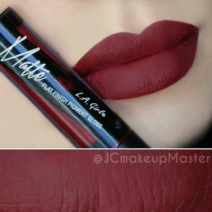 @jcmakeupmaster using L.A. Girl's MATTE Lip Gloss in 'SECRET'.