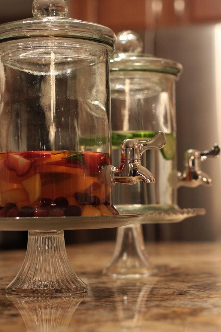 best 25 glass beverage dispenser ideas on pinterest spiked tea rustic cocktail glasses and. Black Bedroom Furniture Sets. Home Design Ideas