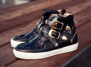 HIGH TOP SNEAKERS WITH BUCKLES 2014, FASHION ROCK DISTILLATE. Read new post on www.barracudastyle.com