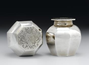 Pomade pot with octagonal vase-shaped body with flat pull-off lid, part of the Keir Toilet Service of silver made by Colin Mckenzie, Edinburgh, 1703 - 1704, for the Honourable Marion Stewart on her marriage to James Stirling of Keir, 24 February 1704