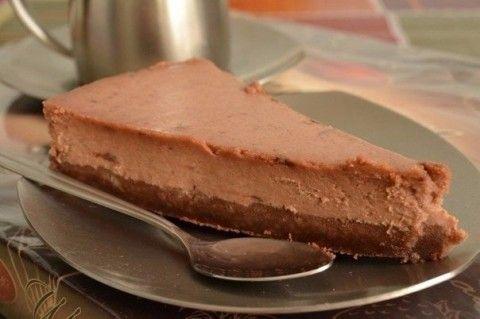Шоколадный чизкейкКалорийность на 100 г:110,2 ккал,Ингредиенты:Творог…