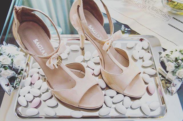 #bridalphotography #bridalshoes #shoes #greekcustom #trays #δισκος #νυφικαπαπουτσια #νυφη #παπουτσια #κουφετα #προετοιμασιανυφης #νυφικο  #εθιμα #ckphotography #ckphototunein #enlist #φωτογραφιαγαμου #φωτογραφιαβαπτισης #φωτογραφία #φωτογραφιση #lifeevents