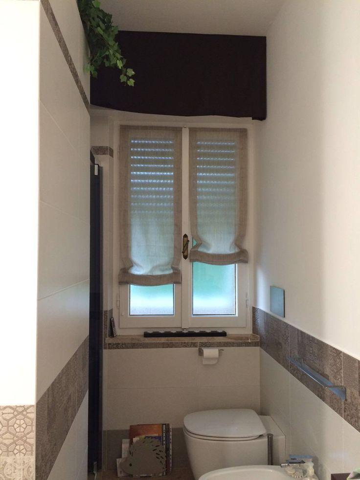 su Tende Della Finestra Del Bagno su Pinterest  Scaffali con finestra ...