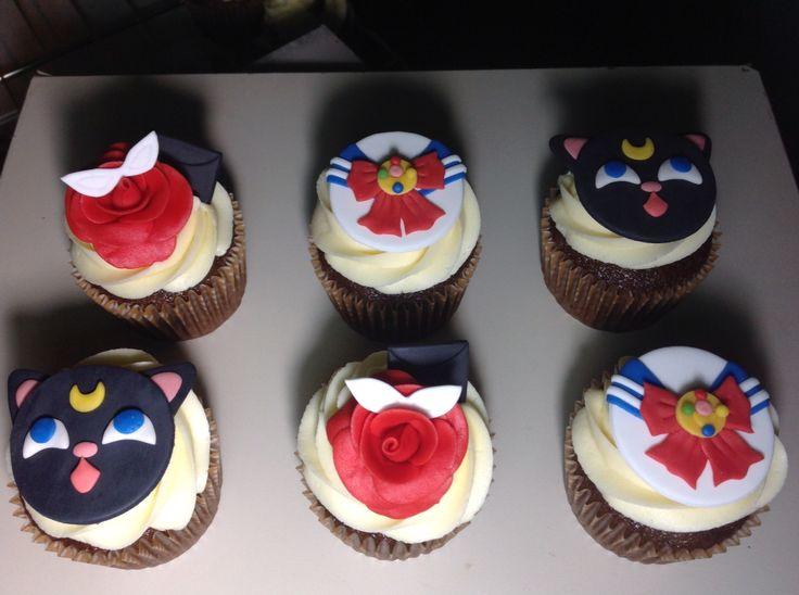 Cupcakes sailormoon, by @eddscakes