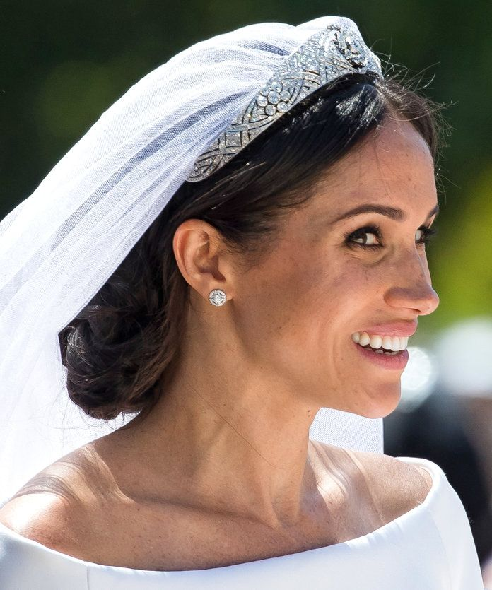 12 Pics That Prove Meghan Markle Owns the Wearable Updo ...