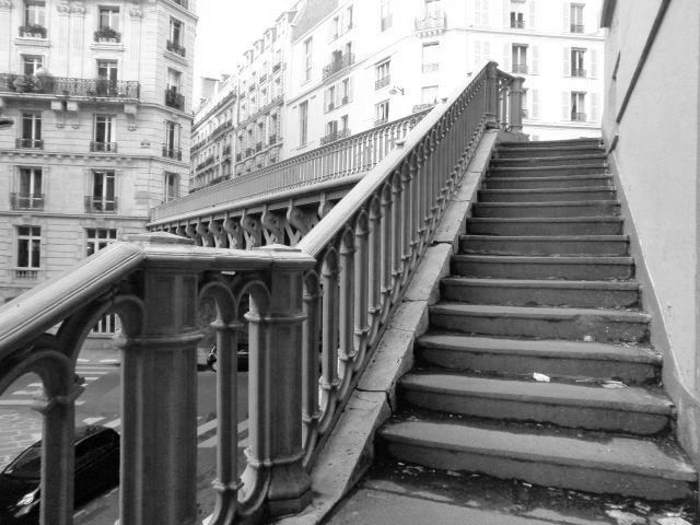 Escaliers de la rue Portalis à la rue du Rocher