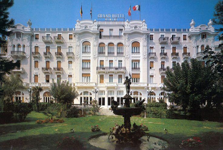 PORTFOLIO STUDIO SIMONETTI: Grand Hotel Rimini, Rimini. In the nineties we projected the hall, the outdoor swimming pool and the suites #grandhotelrimini #studiosimonetti #interiordesign #hotelproject