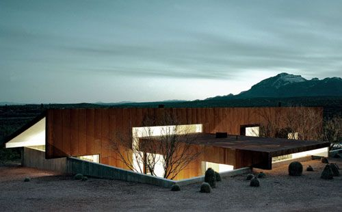 Rick Joy's Tubac House, Sonoran Desert, Arizona. I love how it blends into the surrounding landscape.