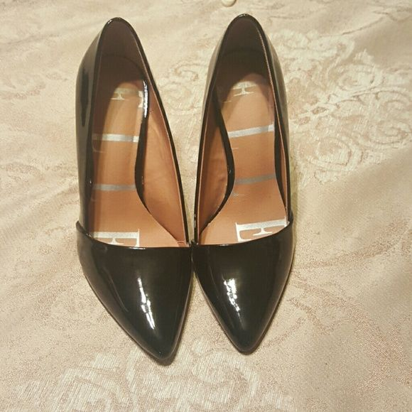Elle Shoes Black patent leather in used condition 4 inch heel do have some scuff marks Elle Shoes Heels