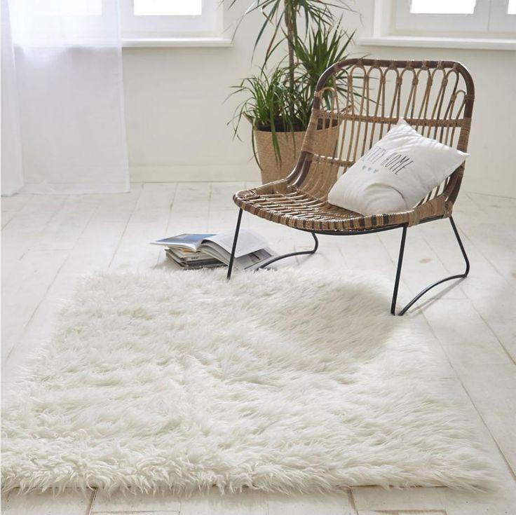 les 25 meilleures id es de la cat gorie fauteuil en rotin sur pinterest le rotin meubles en. Black Bedroom Furniture Sets. Home Design Ideas