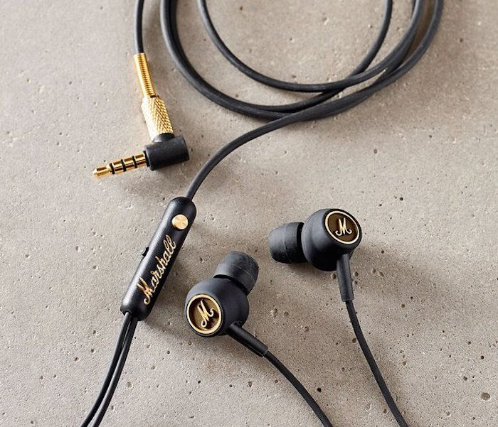 Get to experience a huge sound quality in a small package. The Marshall Mode EQ Earphones have been designed in a way such that they can deliver high-output sound at minimal distortion.