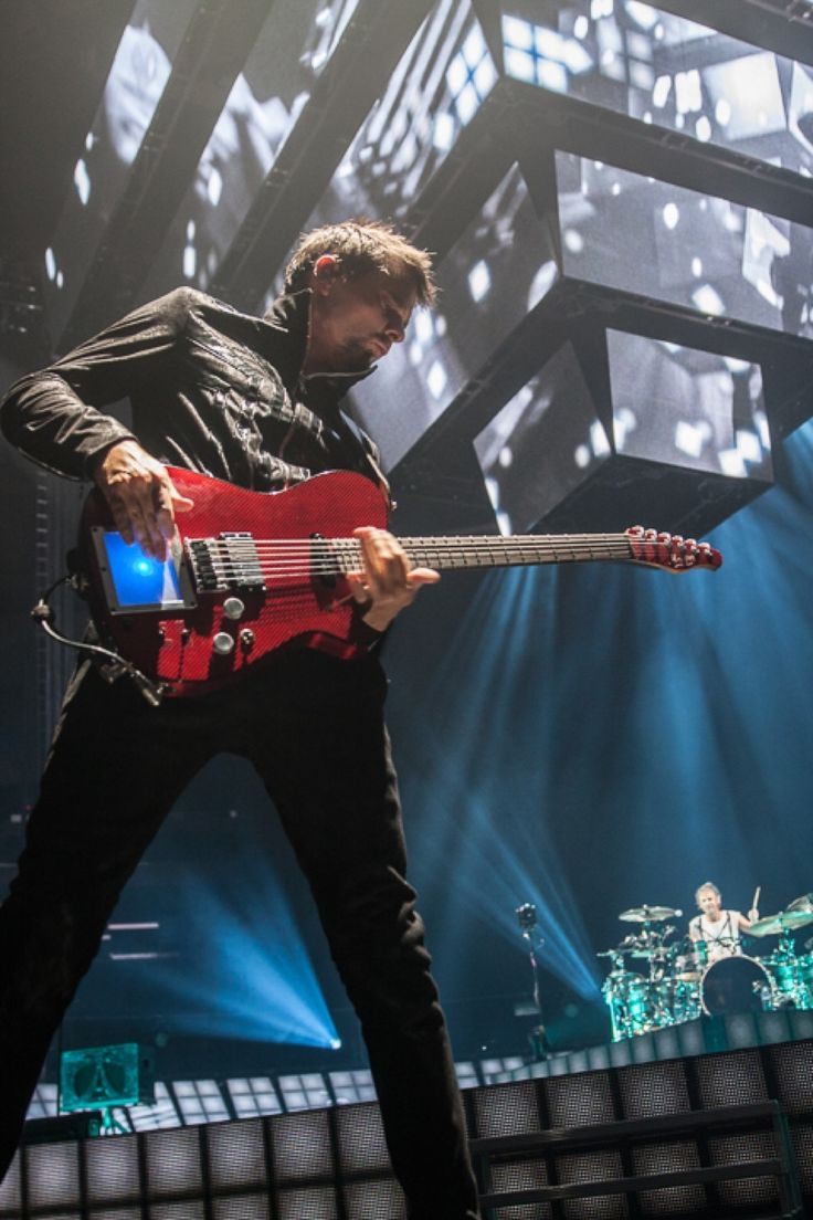MUSE: IMAGES - Madison Square Gardens, New York, April 2013