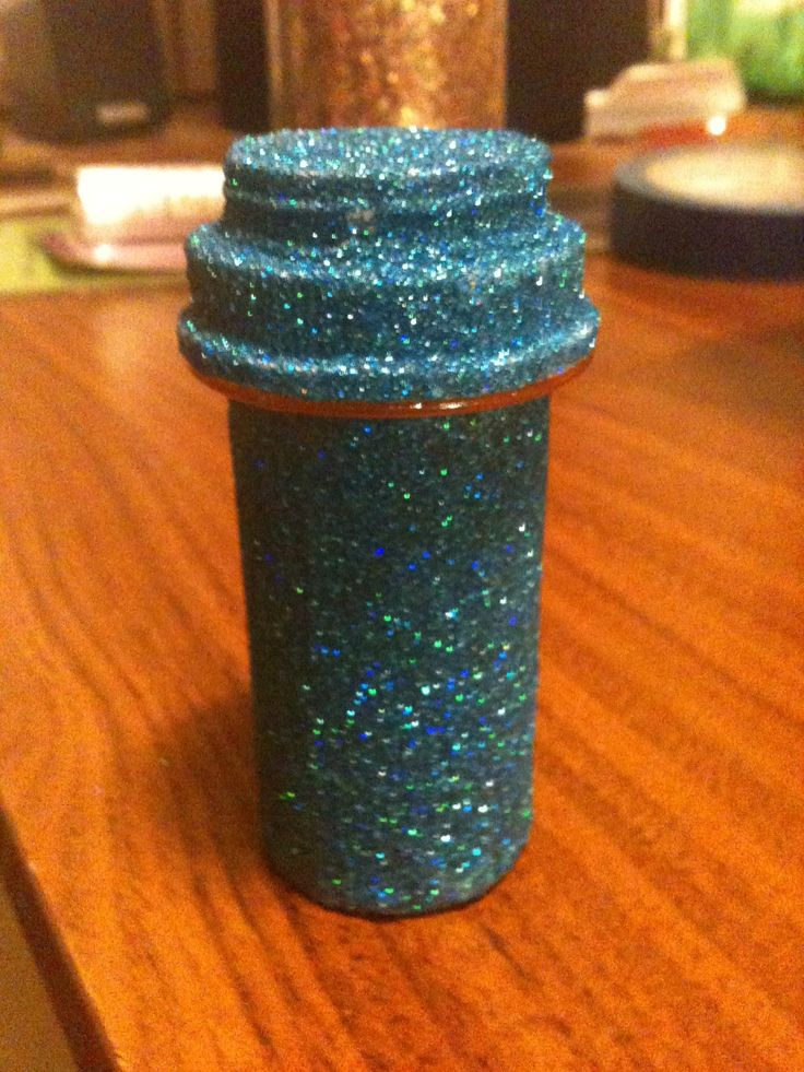 Of all the ways to reuse pill bottles, this is the best. Seriously, I looked through like 50 pill bottle crafts
