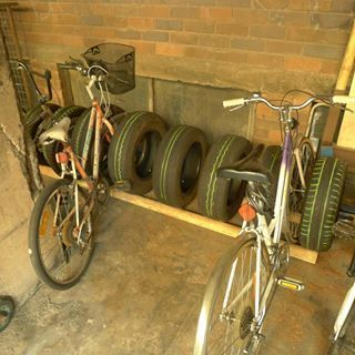 Recycle tires with a DIY bike rack