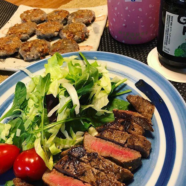 ・ 最近ハマってる 鹿児島わっぎゅー ♡ランプステーキ ・ 最近こーゆーのが 肉肉しくって好き♡ ・ 蓮根のチヂミもリピ中|ω・)و ̑̑༉ ・ #晩ご飯 #夜ごはん#お家ごはん #ステーキ #肉 #牛肉 #肉ジュル #和牛#ランプ #女の子 #上手いし#😋 #ビール と#hikoukicava #泡#🍾 #👍 #乾杯  #food #foodpic #foodstagram #steak #yummy