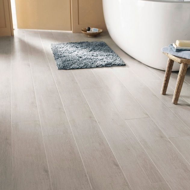 1000 id es sur le th me parquet gris clair sur pinterest for Parquet stratifie gris
