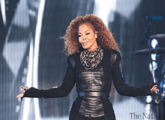Janet Jackson is one of the top celebrity weight loss winners of 2017!