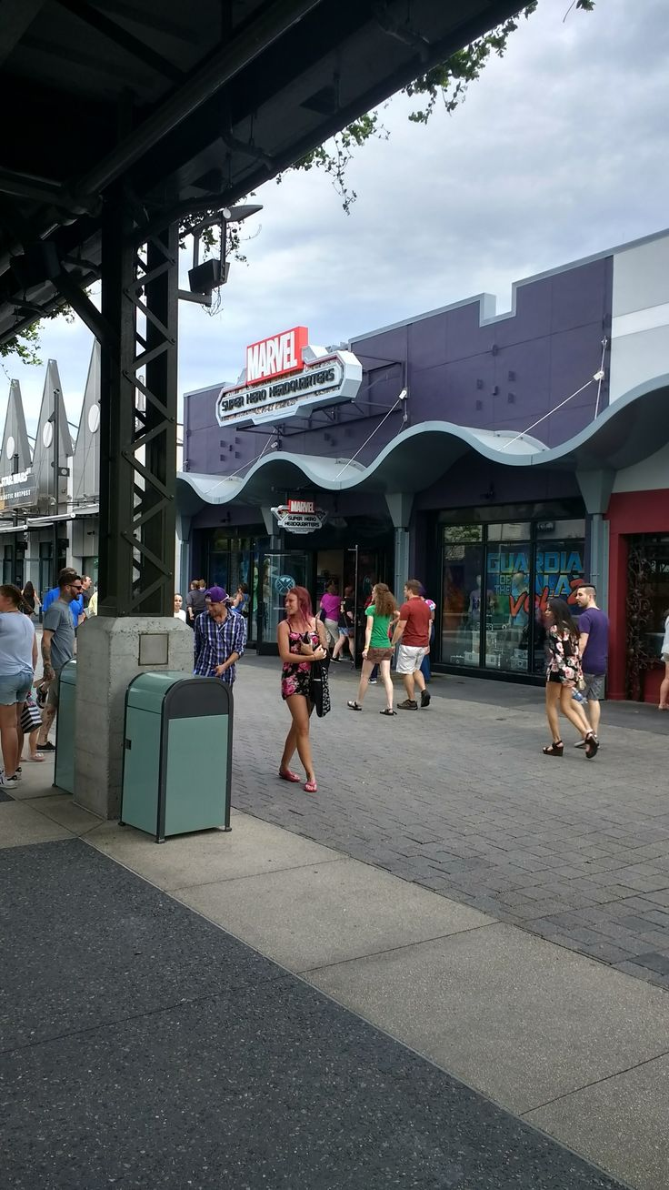 Marvel Store Disney Springs