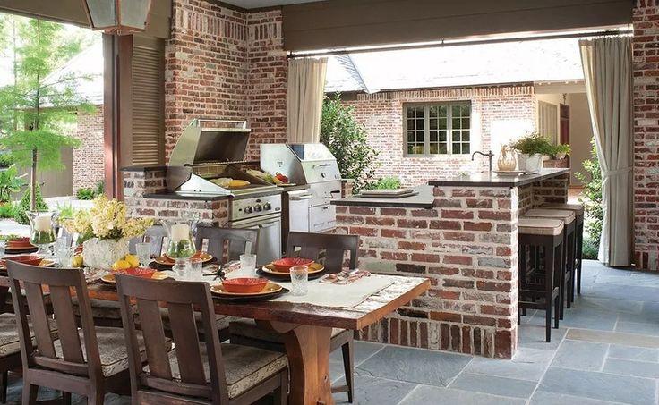 Idea progetto cucine rustiche - struttura in mattoni, così come i muri - pavimenti in pietra