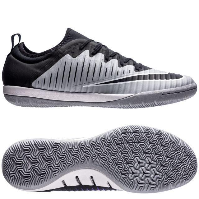 Футзалки Nike MercurialX Finale II IC .   .   .      #футзалки #бампы #залки #индоры #футзал #футбольнаяобувь #обувьдлязала #найк #обувь #взуття #спортивнаяобувь #Nike #футбольныймагазин #футбол #football #спорт #soccerpoint