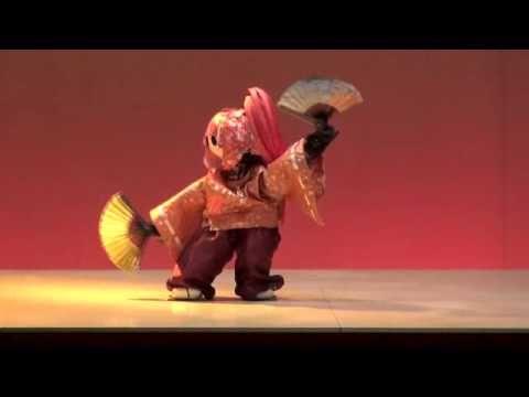 Robot kabuki.