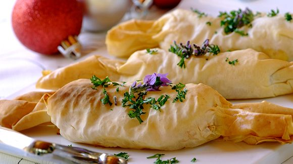 BUTTERNUT AND FETA CHRISTMAS PHYLLO CRACKERS - If you're looking for vegetarian recipes for the festive season, try making these tasty butternut and feta- filled crackers.