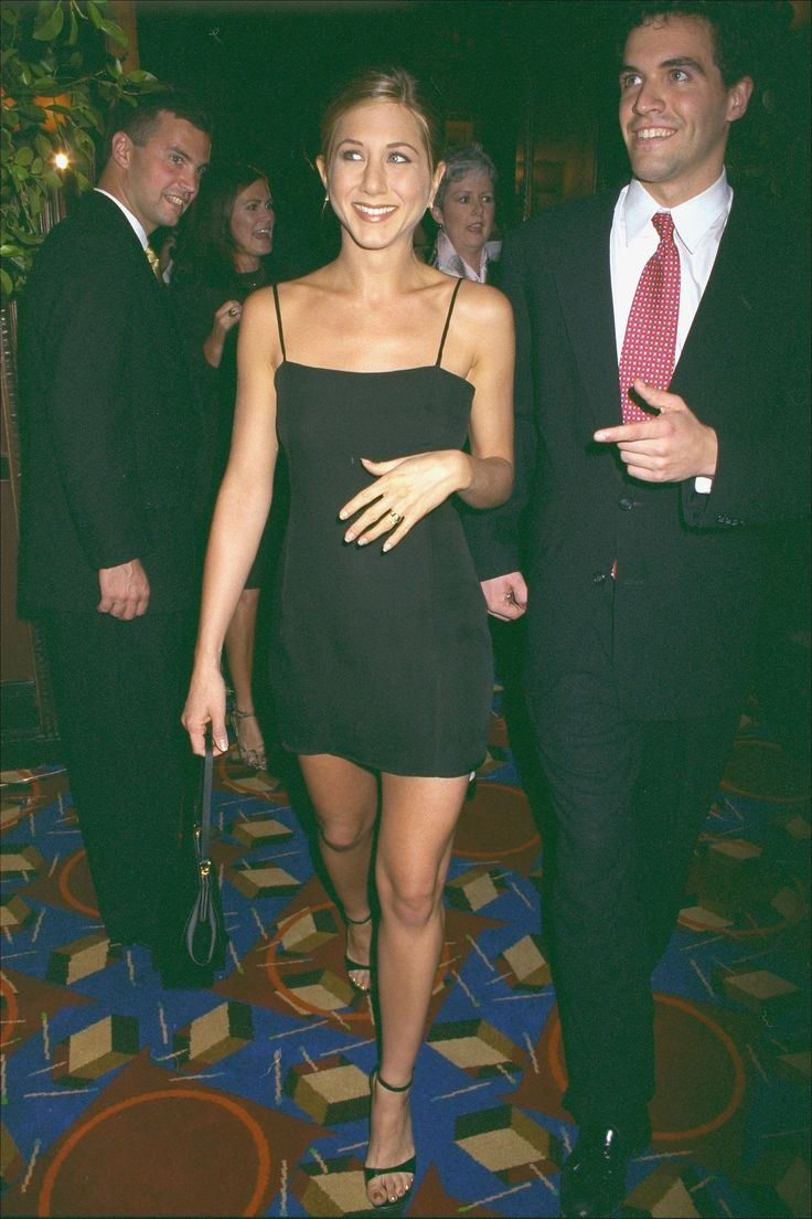 7 Times Jennifer Aniston Channelled Rachel Green IRL - The Mini Slip Dress