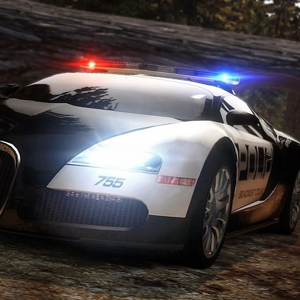 Imagine if the cops really had these Beasts! - Bugatti Veyron!