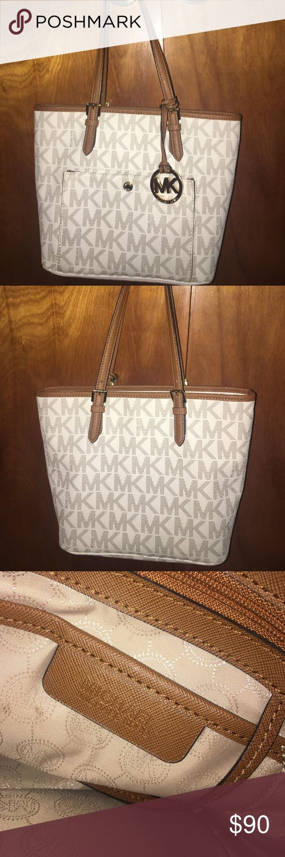 Michael Kors Logo Purse Gently used leather Michael Kors Purse in great condition Michael Kors Bags Totes