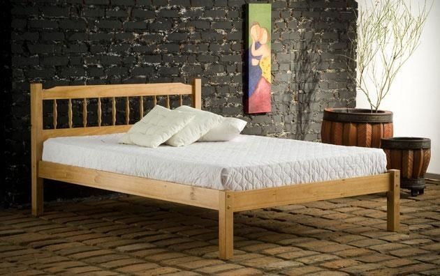 3ft Santiago Spindle Pine Bed Frame - £149.95 - The Santiago is a very popular spindle design pine bed frame made from 100% pine. Chunky and substantial with excellent quality finish and attention to detail. Features double bolted side rails, solid wooden slats which all screw individually to side rails for strength. Honey colour varnished finish.