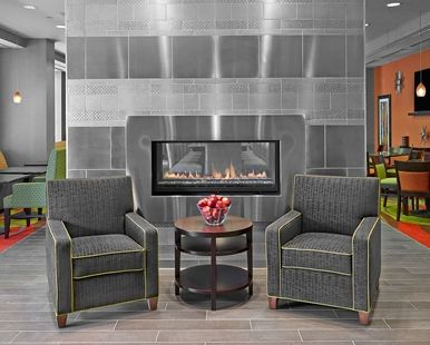 Hampton Inn by Hilton Calgary Airport North Hotel, - Fireplace