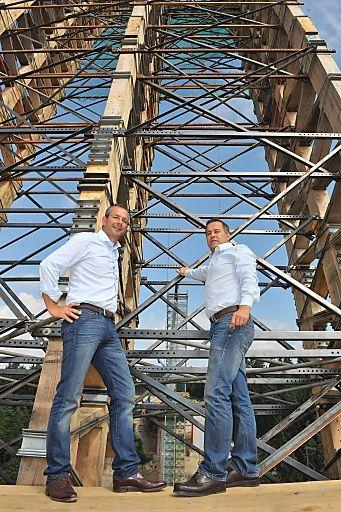 ASFINAG: Bogenbrücke über die Feldaist als neues Freistädter Wahrzeichen | Fotograf: Wolfgang Simlinger www.simi.at | Credit:ASFINAG | Mehr Informationen und Bilddownload in voller Auflsung: http://www.ots.at/presseaussendung/OBS_20130726_OBS0008