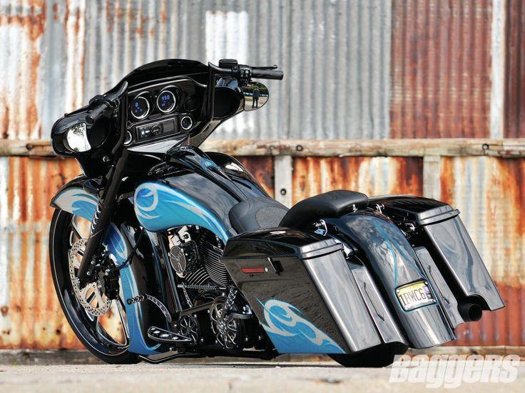 CamTech Custom Baggers | 2011 Harley-Davidson Street Glide | Baggers