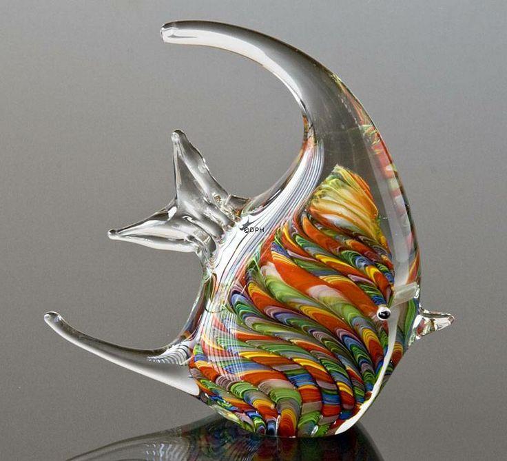 Glas skulptur Fisk, Regnbue farvet, Højde: 20cm, Glas Kunst, Mundblæst, Produceret for DPH Denmark
