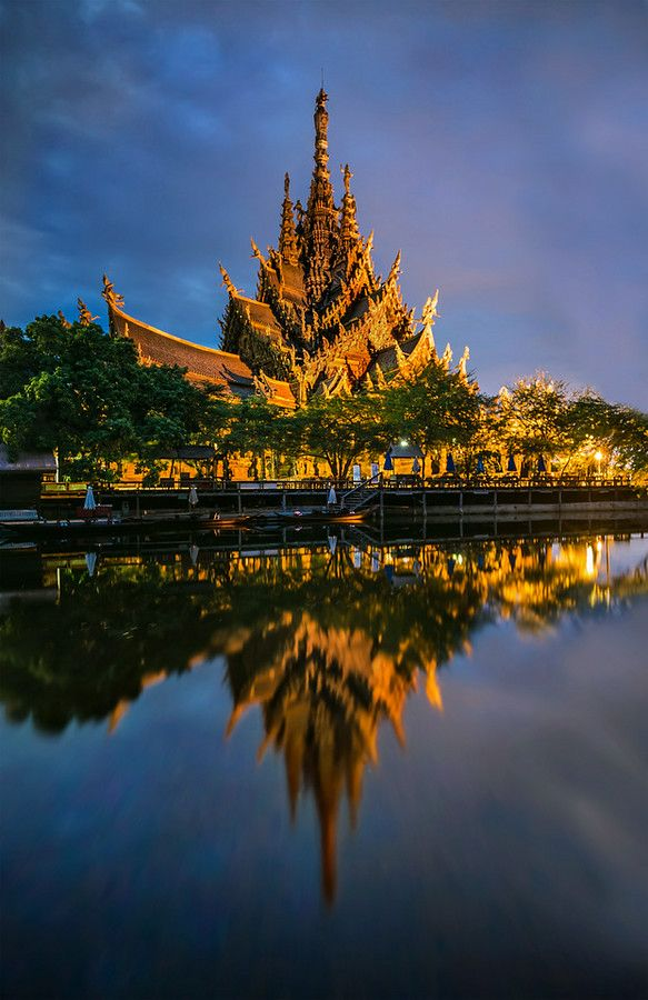The Temple Rises at ปราสาทสัจธรรม from #treyratcliff at www.StuckInCustoms.com - all images Creative Commons Noncommercial.