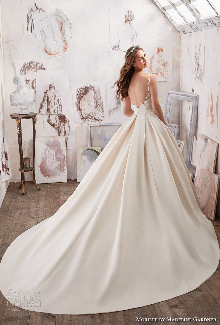 We're in the mood for all things romantic this week, and it doesn't get any sweeter than Morilee by Madeline Gardner's Blu Collection. The perfect marriage of classic and contemporary, the Spring 2017 collection features time-honored silhouettes adorned with elegantly trendy details. From the breathtaking Maya...