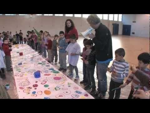 [VIDEO] FETE DU LIVRE JEUNESSE DE VILLEURBANNE 2012 - Hervé Tullet à l'école…